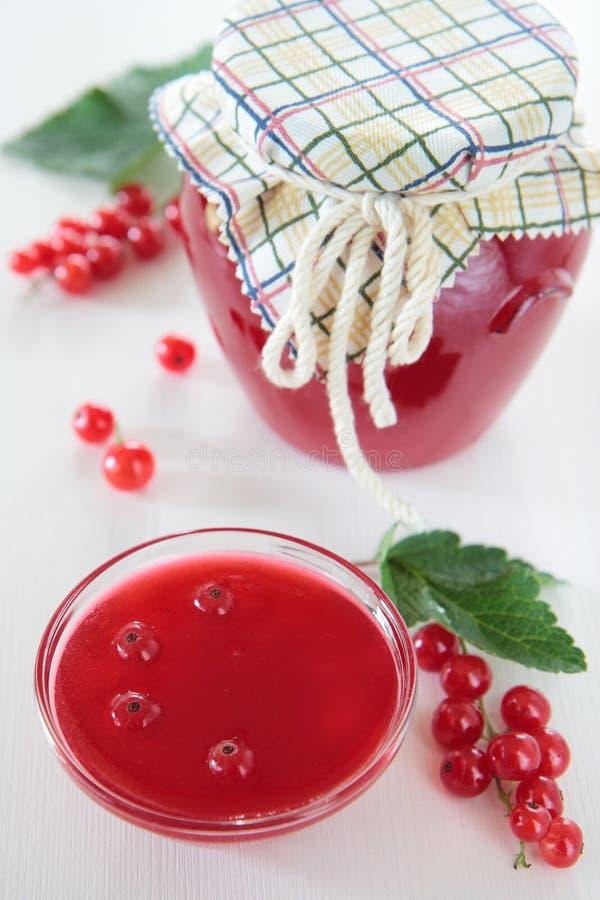 Студень красной смородины в шаре стоковая фотография rf