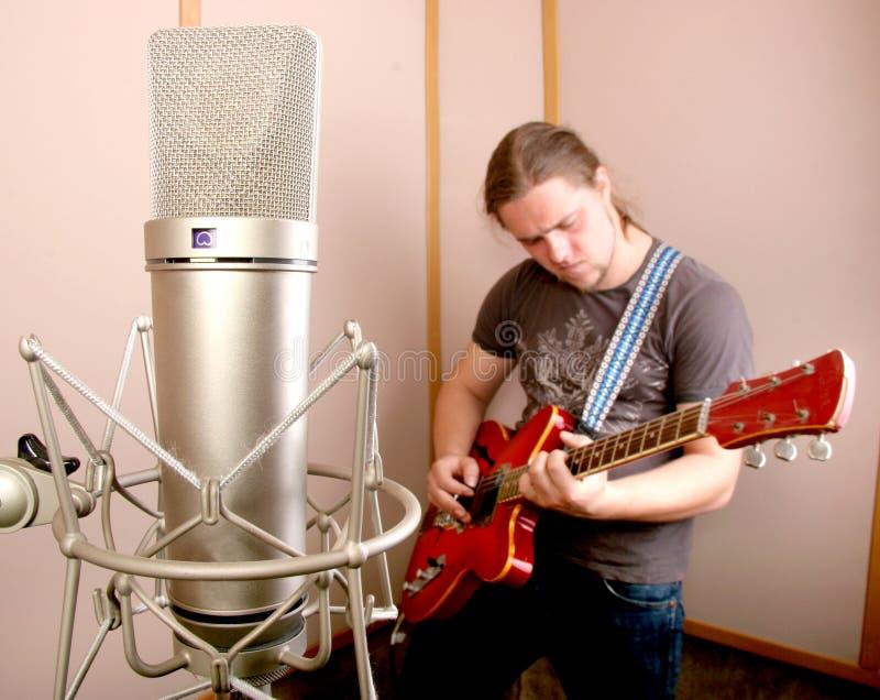 студия гитариста стоковое фото rf