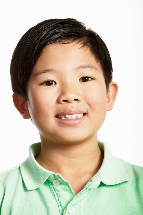 Студия сняла китайского мальчика стоковые фото