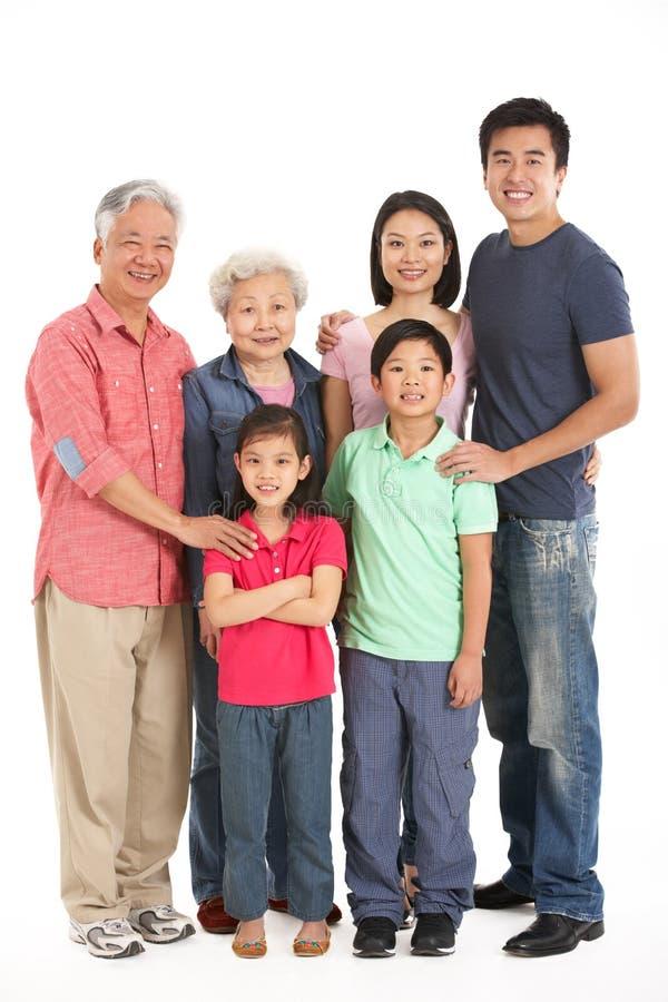 Студия снятая Multi-Generation китайской семьи стоковые фотографии rf