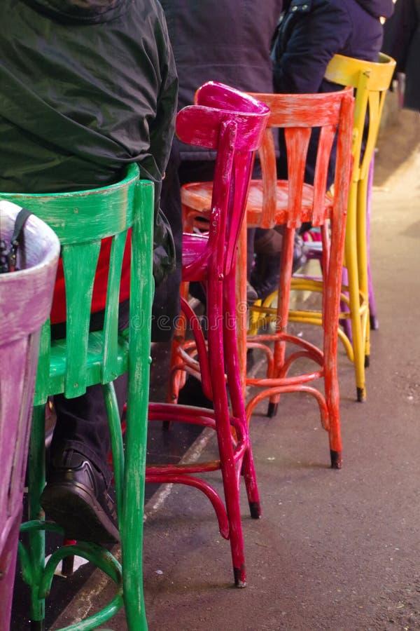 Стулья в рынке ` s Барселоны стоковая фотография rf