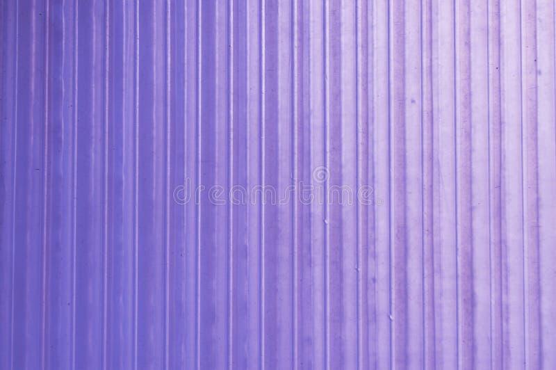 Ступенчатост текстуры предпосылки на фиолетовой пластмассе стоковые изображения rf
