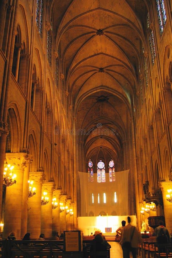 Ступица собора Нотр-Дам в Париже стоковые фотографии rf