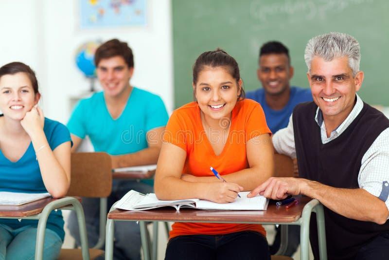 Студенты группы учителя стоковое изображение rf