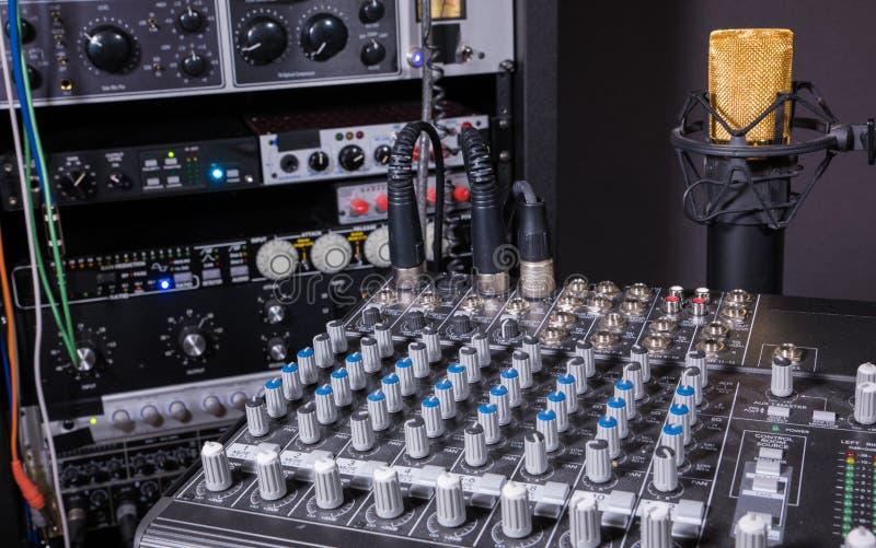 Студия звукозаписи музыки стоковые фото
