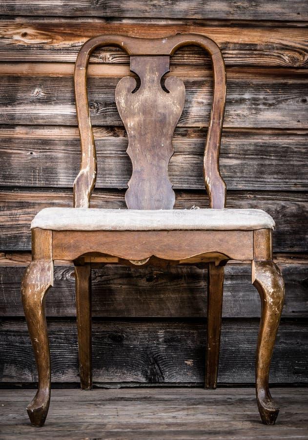 стул старый стоковая фотография