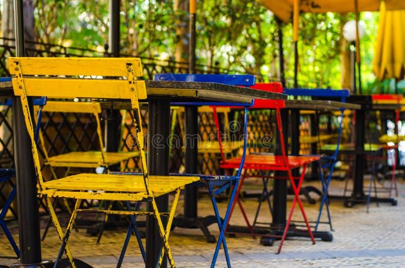 Стулы и таблицы стоковая фотография rf