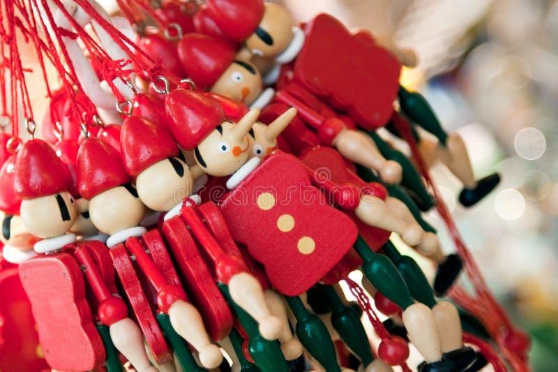 сувениры марионетки деревянные стоковые фотографии rf
