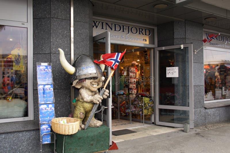 сувенир магазина Норвегии входа bergen к стоковые изображения