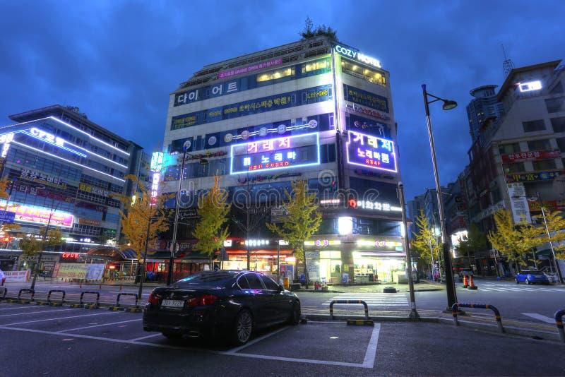 последними фото улиц сувона южная корея этом