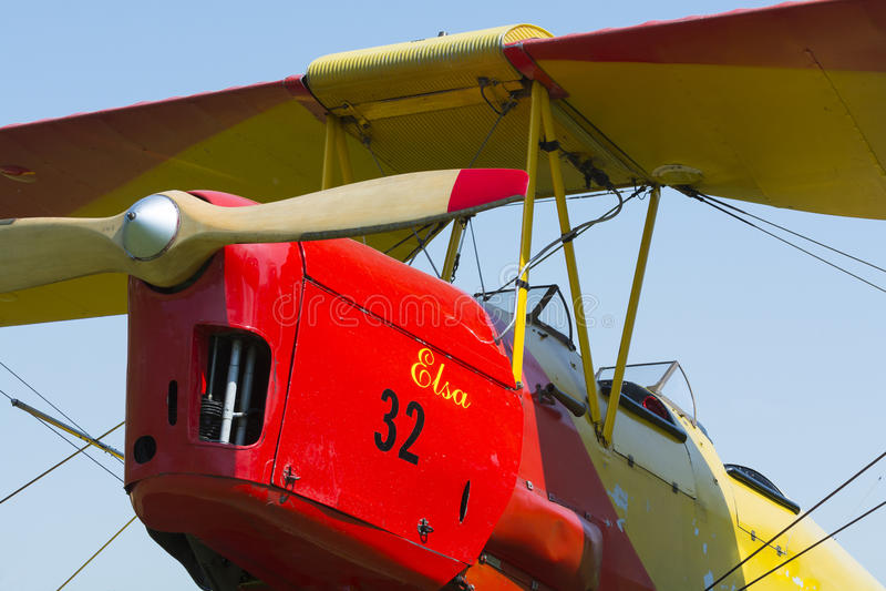 Сумеречница тигра самолет-биплана год сбора винограда стоковые изображения rf