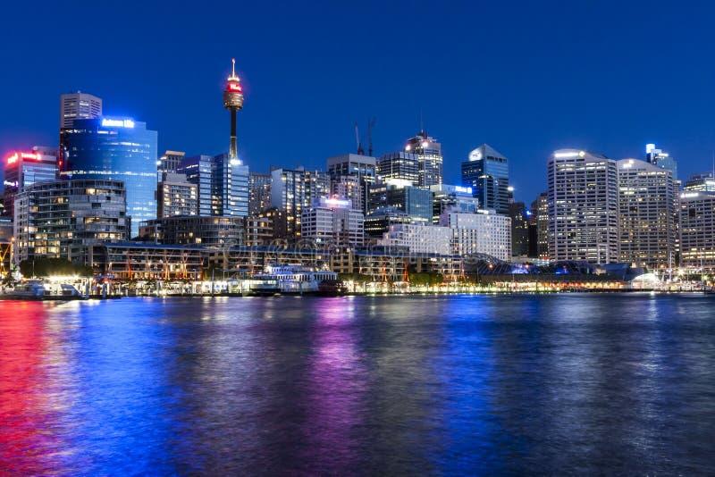 Сумерк Сиднея гавани милочки стоковая фотография rf