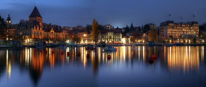 сумерк lausanne ouchy панорамное Швейцарии стоковые фотографии rf