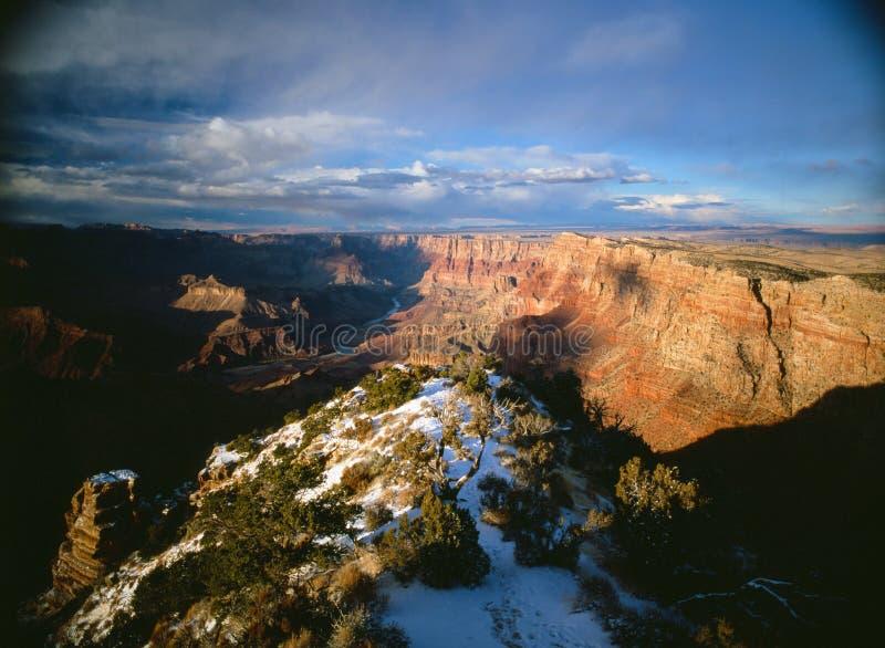 Сумрак на гранд-каньоне, США стоковое фото rf