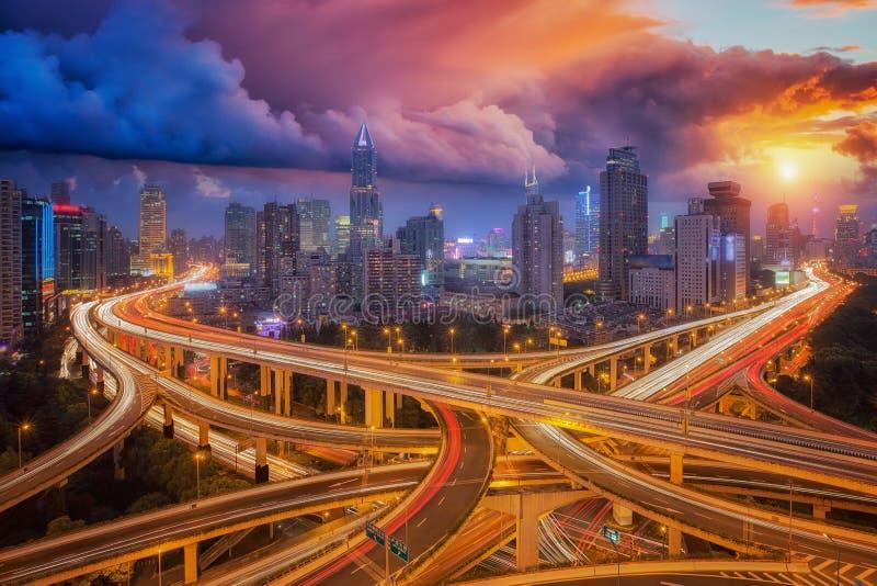 Супер шоссе в городе Шанхая стоковая фотография rf