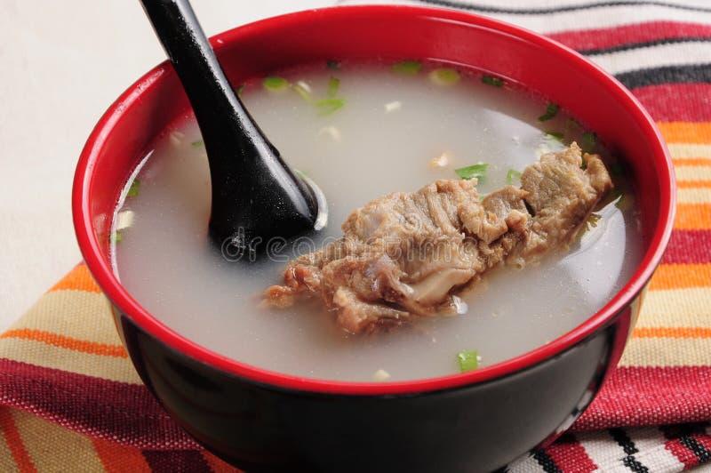Суп косточки стоковое изображение rf