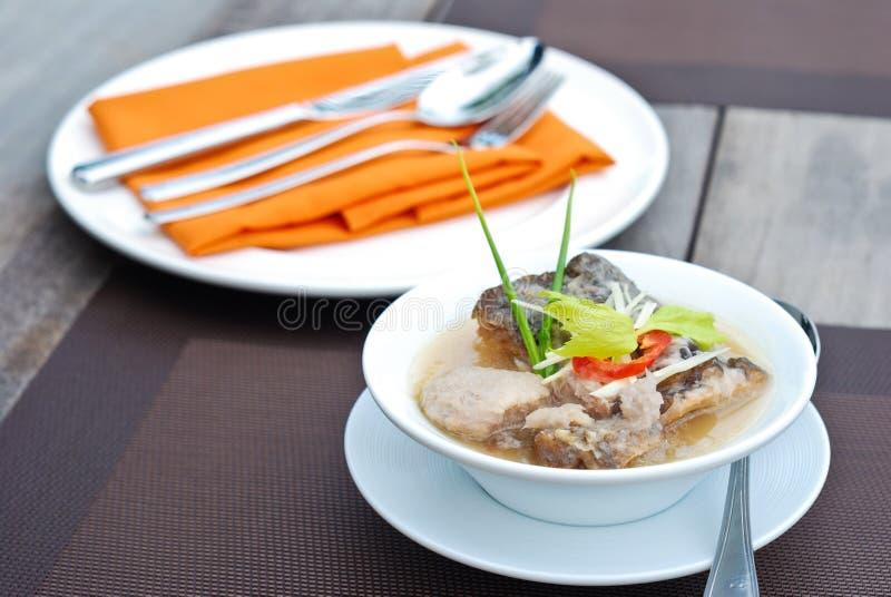 Суп рыб и таро стоковые изображения rf