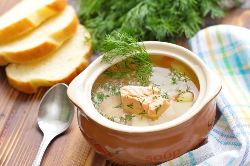 Суп рыб с семгами стоковые фотографии rf