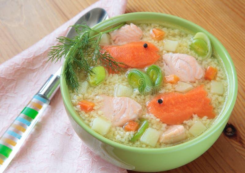 суп семг пшена рыб стоковое изображение