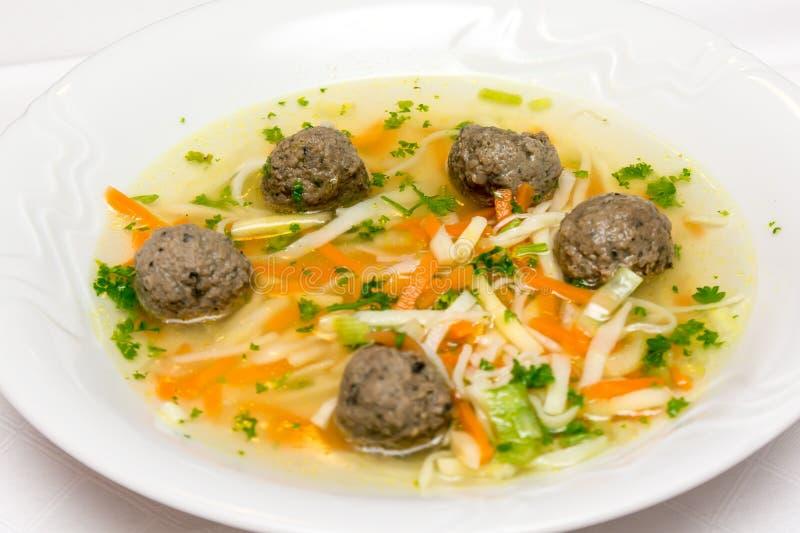 Суп с meatballs стоковые фотографии rf