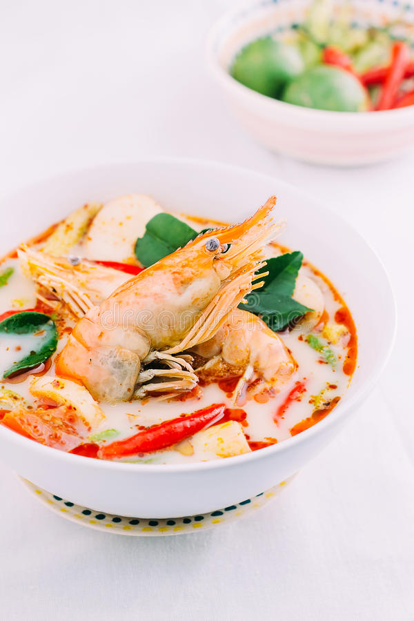 Суп Тома Yum, тайская еда стоковая фотография rf