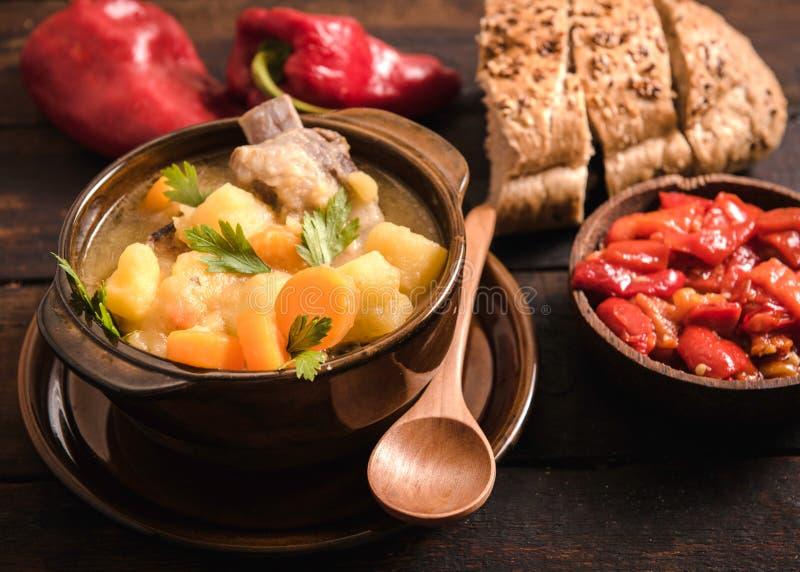 Суп тушёного мяса стоковое изображение rf