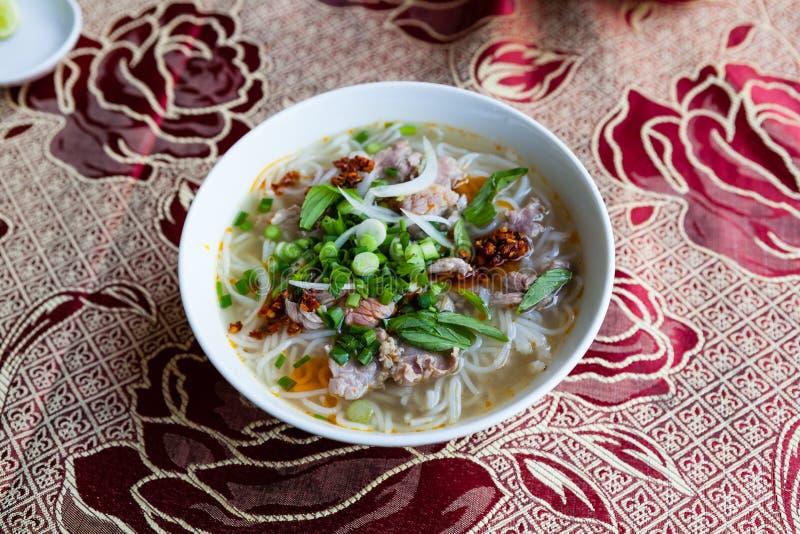 Суп Pho, типичный въетнамский суп лапши стоковая фотография