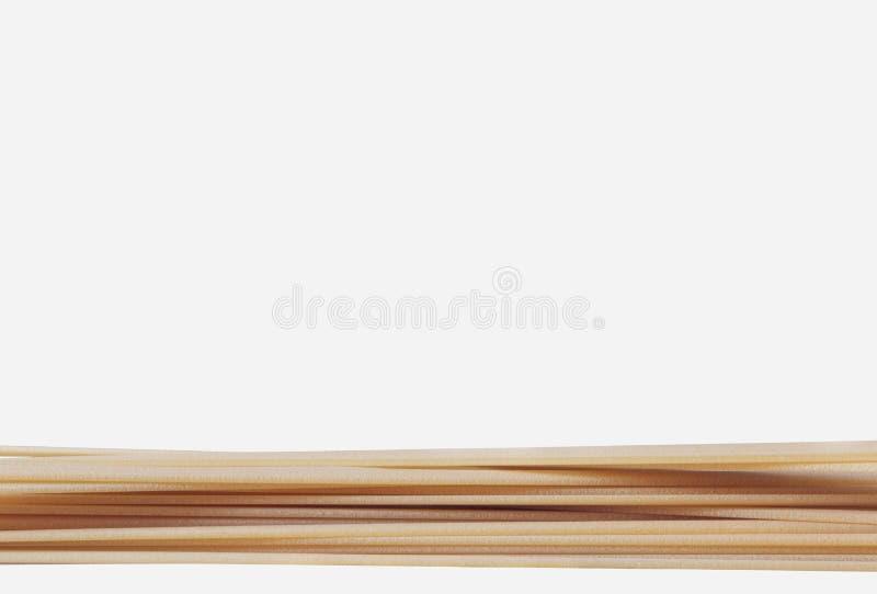Сухие макаронные изделия fettuccine стоковая фотография