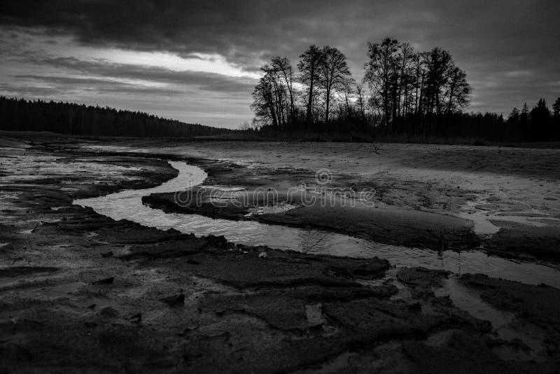 сухое озеро стоковое изображение rf