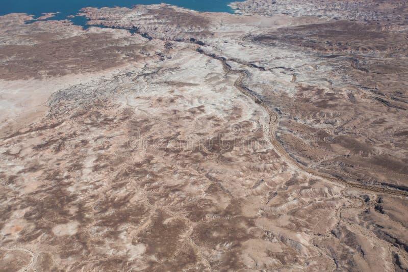 Сухое русло реки в пустыне Невады стоковая фотография