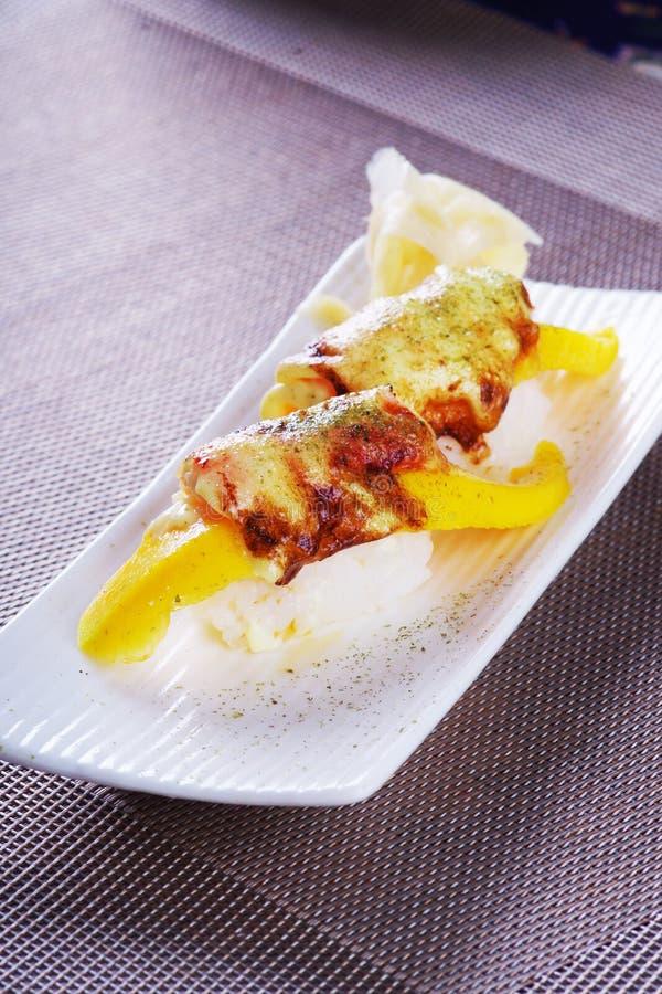 Суши семг манго стоковая фотография rf