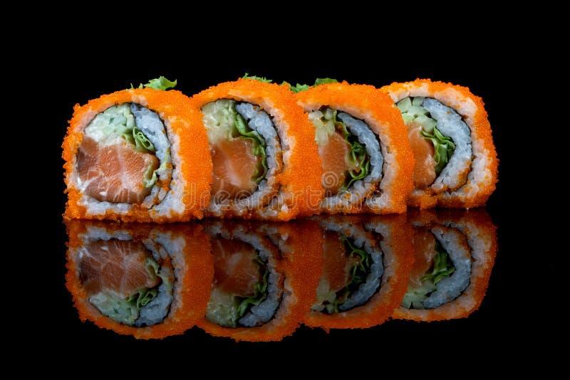 Суши установили с яичками рыб стоковые фото