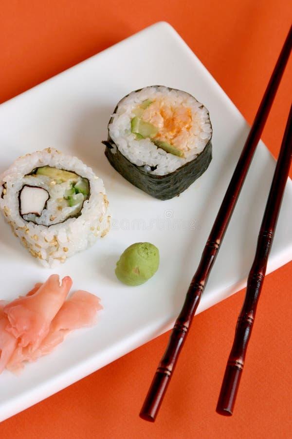 Download суши стоковое изображение. изображение насчитывающей кухня - 600003