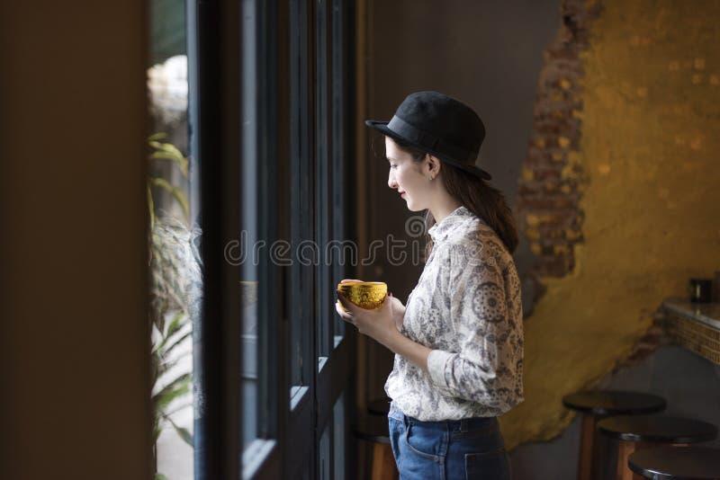 Сударыня дама Феминизм Отдых Концепция женщины женщин девушки стоковое фото rf