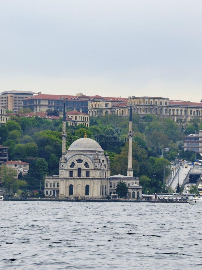 Султан Bezm-i Alem Valide/мечеть 1851 Dolmabahce стоковое фото