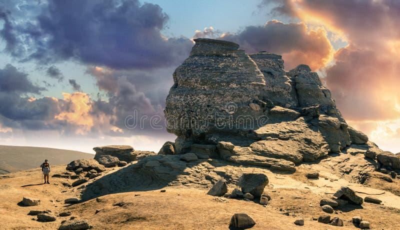 Сфинкс, Babele, Platoul Bucegi - величие стоковые фотографии rf