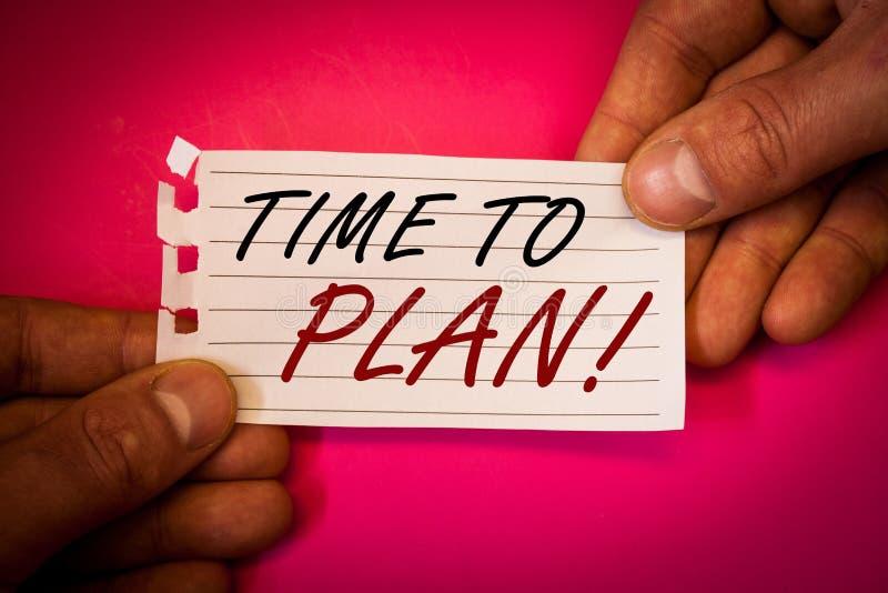 Сформулируйте время текста сочинительства запланировать мотивационный звонок Концепция дела для думать стратегии момента развития стоковое фото
