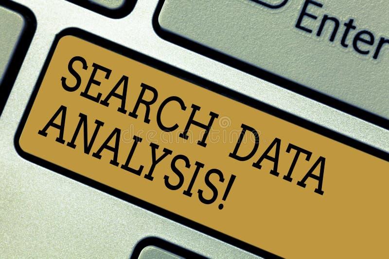 Схематический анализ данных поиска показа сочинительства руки Процесс текста фото дела оценивать данные используя аналитическое стоковые фото