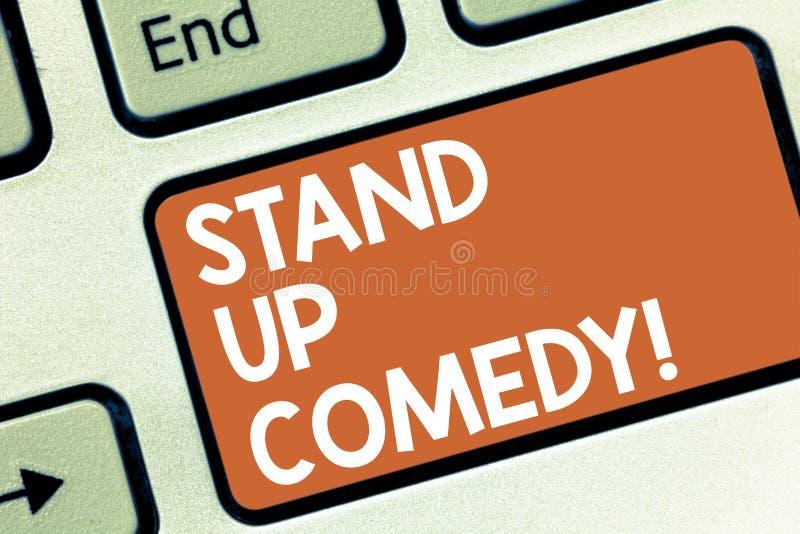 Схематический показ сочинительства руки стоит вверх комедия Комедийный актер фото дела showcasing выполняя говорить перед в реаль иллюстрация штока