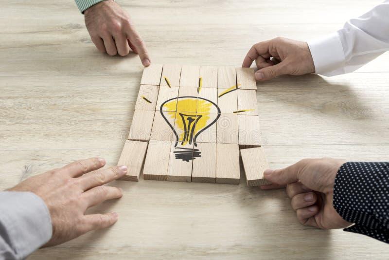 Схематический стратегии бизнеса, творческих способностей или сыгранности стоковое изображение