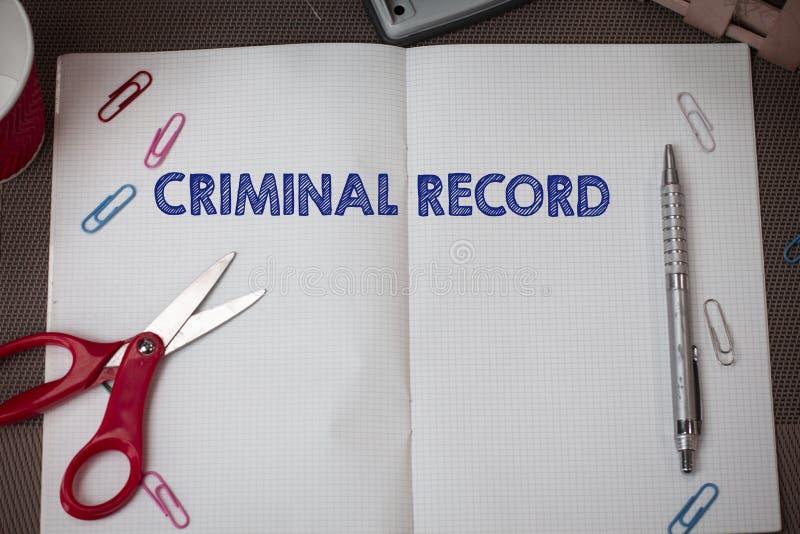 Схематическое досье показа сочинительства руки Профиль текста фото дела демонстрируя уголовной истории с стоковая фотография rf