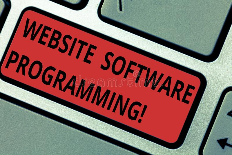 Схематическое программирование вебсайта показа сочинительства руки Кодирвоание текста фото дела или программирование которое позв стоковое фото