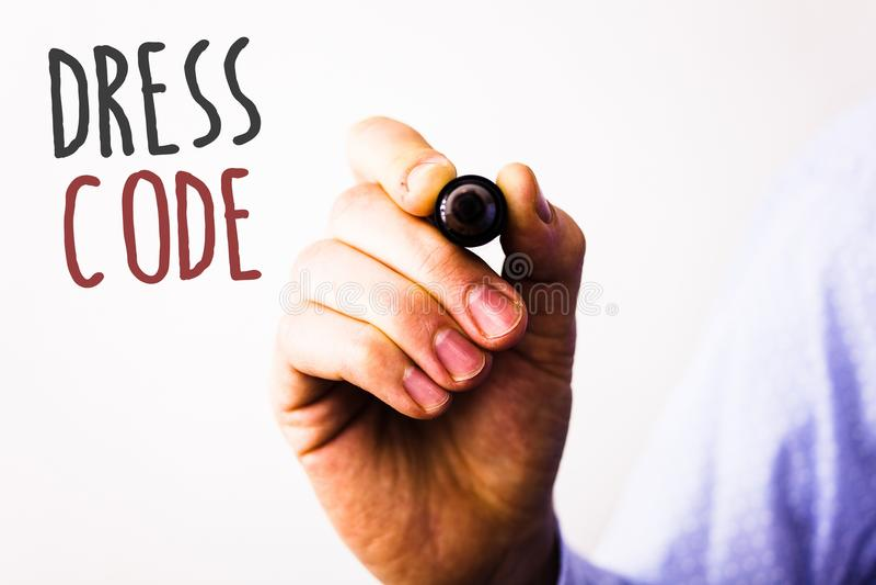 Схематическое сочинительство руки показывая дресс-код Фото дела отправляют СМС правила чего вы можете нести и не к школе или even стоковые фото