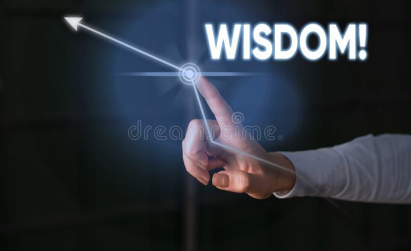 Схематическое сочинительство руки показывая премудрость Качество фото дела showcasing имея знание опыта и хорошее суждение стоковая фотография rf