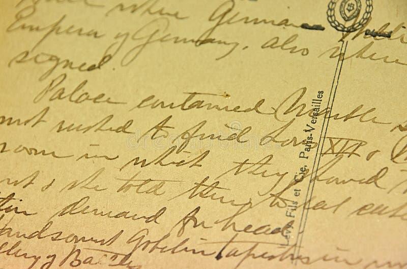 Сценарий винтажного почерка античный на открытке стоковые изображения