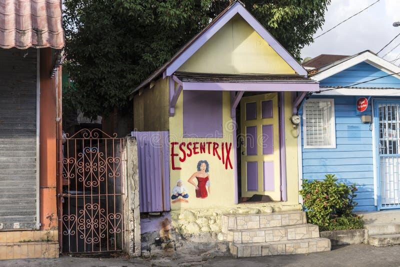 Сценарная деревянная хата в квартальной территории Кариб в Розо стоковые фото