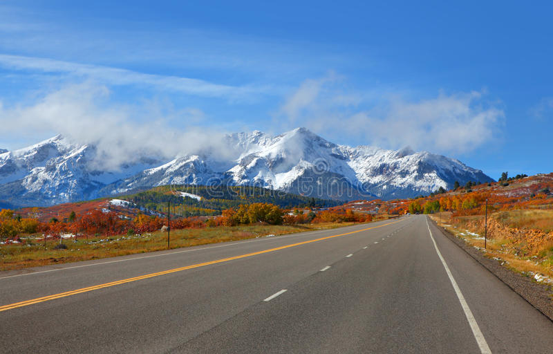 Сценарная дорога #62 Колорадо стоковое изображение rf