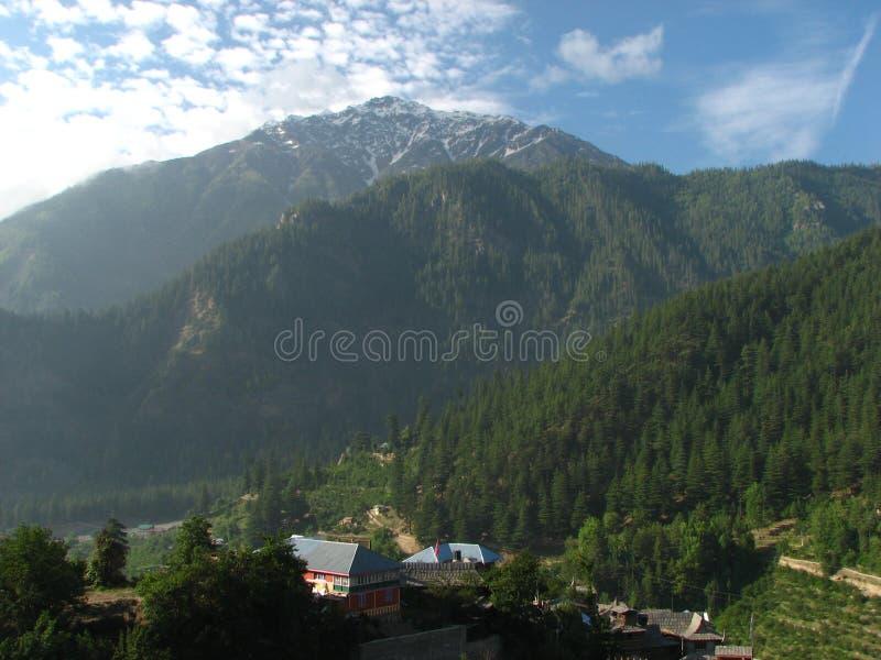 Сценарная долина горы стоковая фотография rf