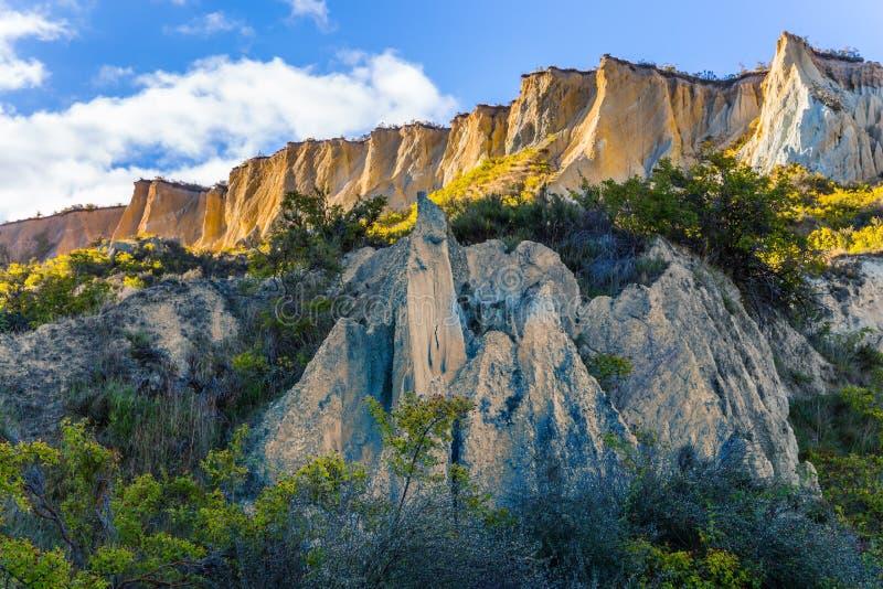 Сценарные скалы глины стоковая фотография rf