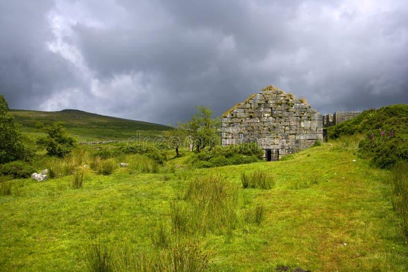 Сценарные Dartmoor - Postbridge стоковая фотография